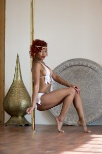 maroc marrakech marrakesh arabic oriental pole camp pole dance