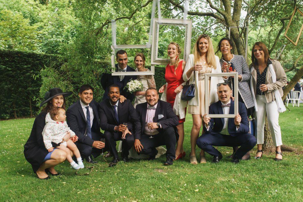 Soirée mariage mariés salle amphytrion jardin lille nord invités reportage photobooth cadre