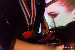 21ème Concours Michel Dervyn tout en tresses hairstyle défilé lille grand palais coiffure coiffeur shampoo alexandre de paris vog mannequin moulin rouge