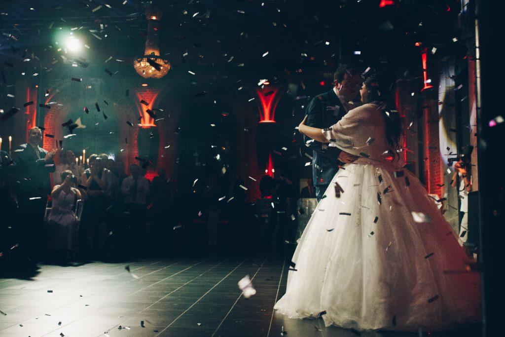photo mariage lille belgique chateau confettis