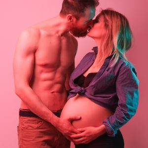 Séance grossesse en studio