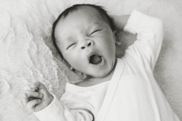 bébé baille 15 jours