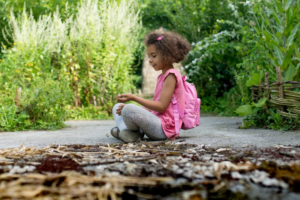 expérience bonheur argent enfant offrir heureux