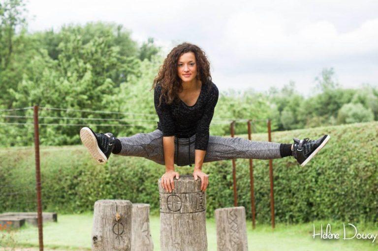 parc parkour femme équilibre