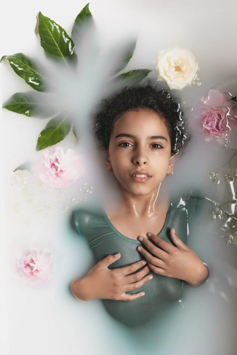portrait fine art enfant fille shooting studio photo book modele
